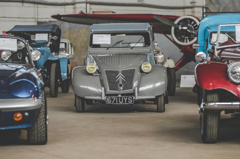 В Британии пройдет крупный аукцион классических ретро-автомобилей