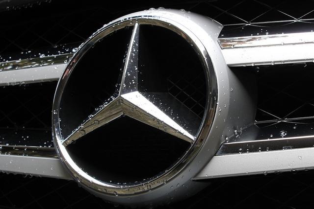 Продажи Mercedes-Benz в очередной раз бьют рекорды