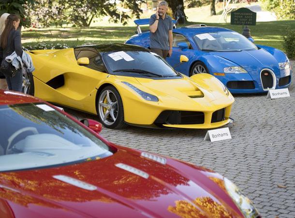 В Швейцарии на аукционе продали коллекцию изъятых спортивных автомобилей