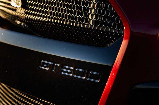 Новенький Ford Mustang Shelby GT500