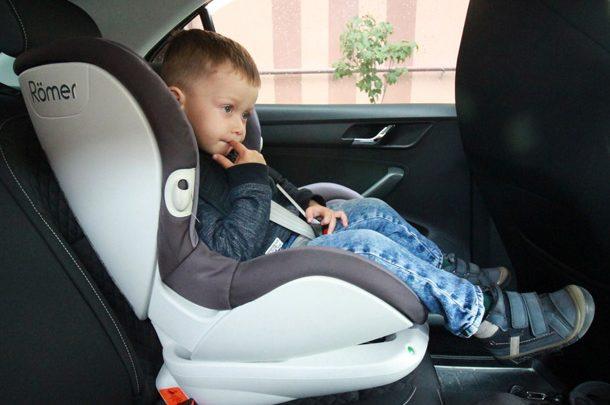 Безопасность против штрафов. Как выбрать детское автокресло