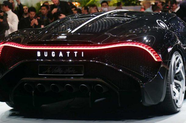 Bugatti объявила наступивший год именем себя