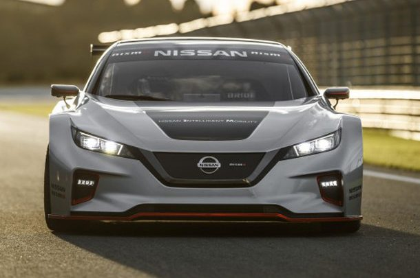Nissan Leaf 2-го поколения оказался резвее Tesla Model S