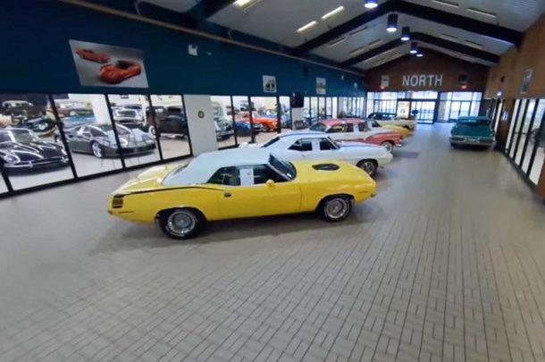 В Пенсильвании торговый центр превратили в автомобильный музей